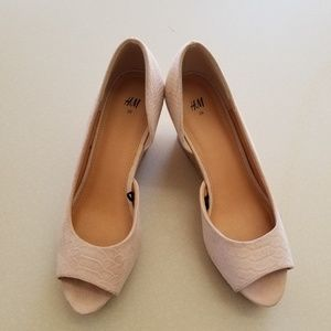 H&M Pink Snake Wedge heals size 39 (size 9)